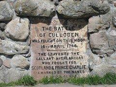 Honor to the dead. #Scotland https://t.co/Qwxnk128…